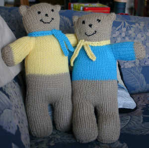 Wendy Knits Bears